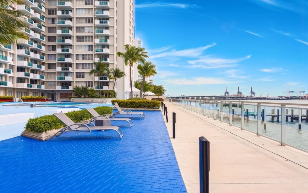 Mirador 1000 Condo For Sale: 1000 West Avenue Unit 210