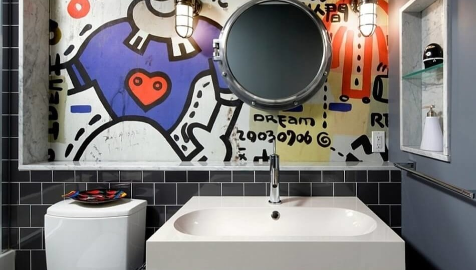 Graffiti in a bathroom looks pretty amazing, most bathrooms are so bland!